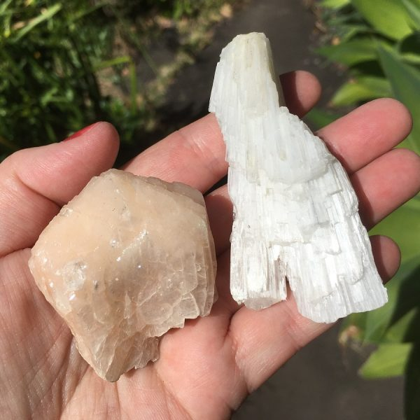 buy Scolecite cluster and Stilbite Cluster from India