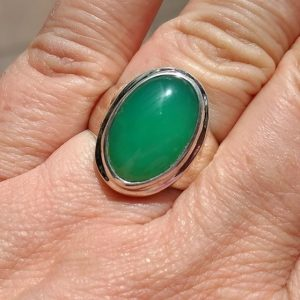 CATERGORY chrysoprase ring - silver